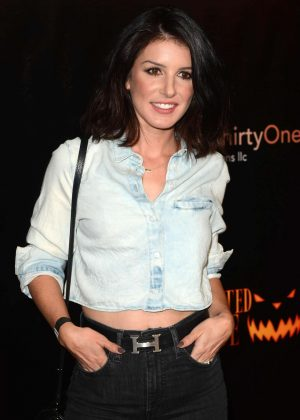 Shenae Grimes - Los Angeles Haunted Hayride in Los Feliz