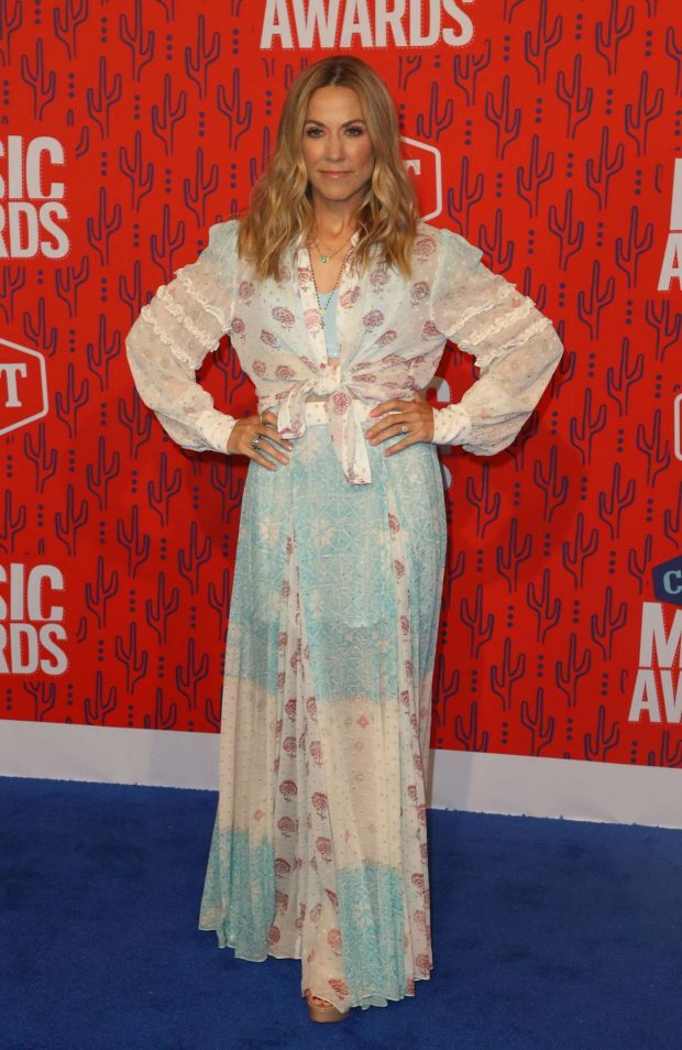 Sheryl Crow: 2019 CMT Music Awards-02