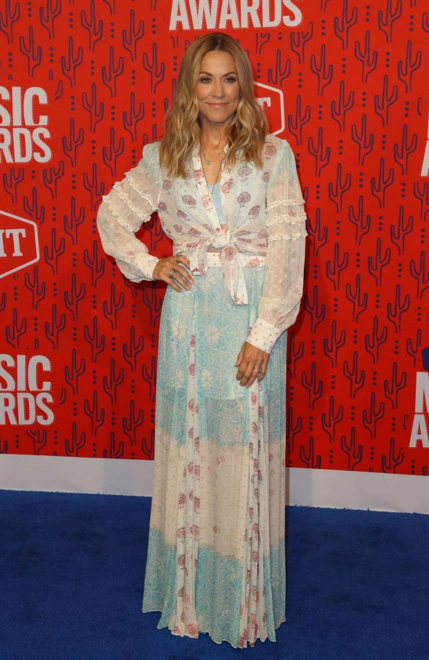Sheryl Crow: 2019 CMT Music Awards-05