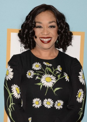 Shonda Rhimes - 2016 ESSENCE Black Women in Hollywood Awards Luncheon in Beverly Hills