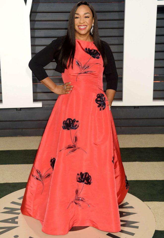 Shonda Rhimes: 2017 Vanity Fair Oscar Party -04