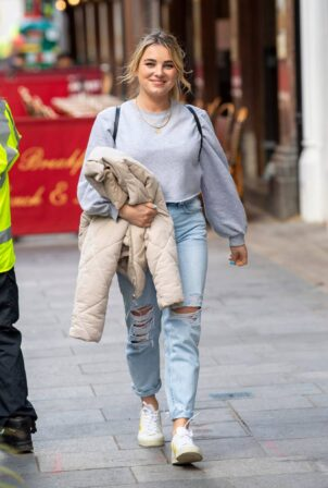 Sian Welby - Leaving the Global studios after the Capital Radio Breakfast show in London
