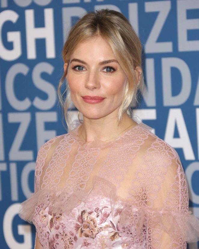 Sienna Miller – 5th Annual Breakthrough Prize Ceremony in Mountain View