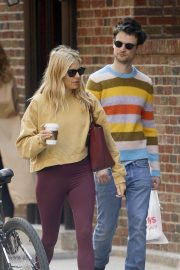 Sienna Miller and her ex Tom Sturridge - Spotted while grab a morning coffee in New York City