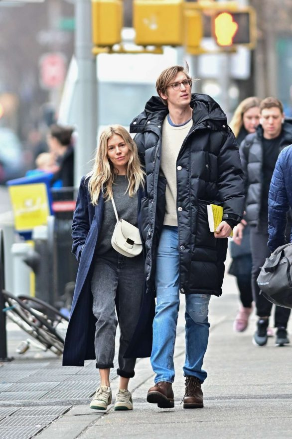Sienna Miller and Lucas Zwirner - Out in West Village
