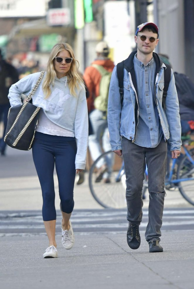 Sienna Miller and Tom Sturridge out in New York City -03