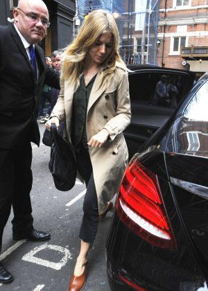 Sienna Miller - Arrives at The Apollo Theatre for A Cat On A Hot Tin Roof in London
