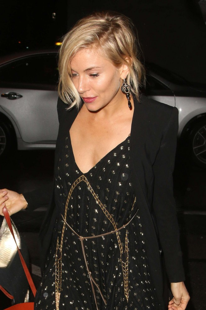 Sienna Miller – Arriving to Craig's in West Hollywood