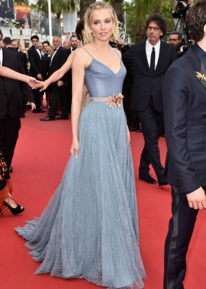 Sienna Miller - Closing Ceremony and 'Le Glace Et Le Ciel' Premiere in Cannes