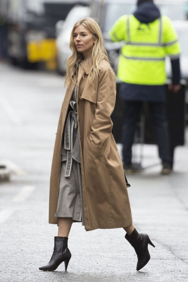 Sienna Miller - Filming Anatomy of a Scandal in London