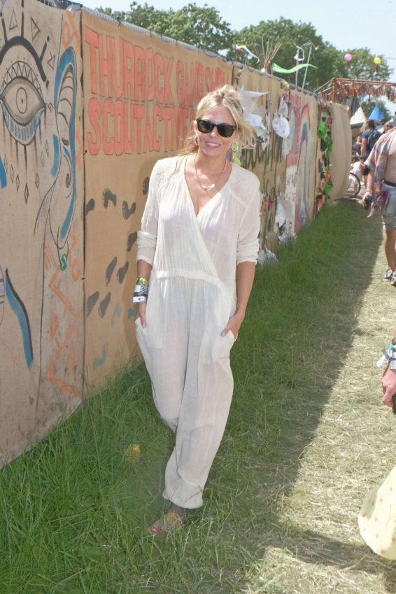 Sienna Miller - Glastonbury Festival 2019 in Glastonbury