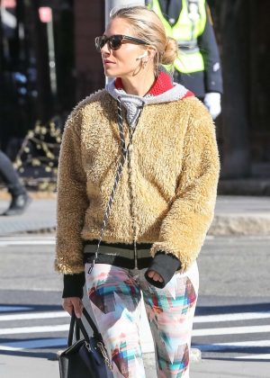 Sienna Miller - Heads to the gym in New York City