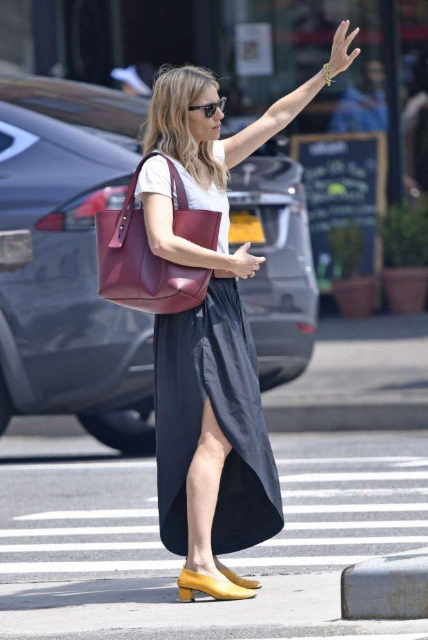 Sienna Miller in Long Skirt -01