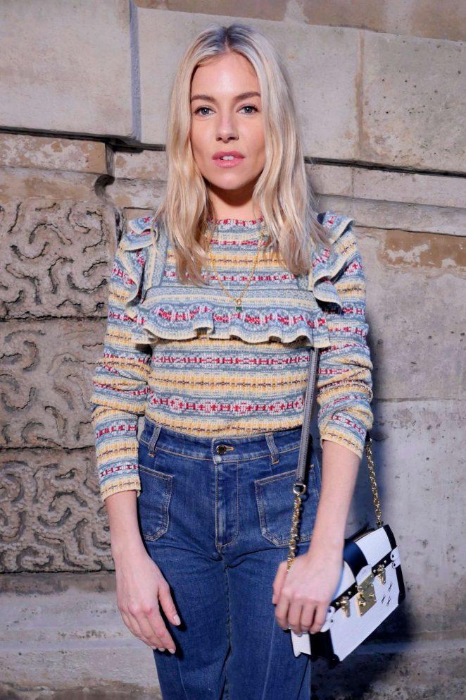 Sienna Miller - Louis Vuitton Fashion Show 2018 in Paris