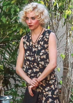 Sienna Miller on 'Live By Night' set in Los Angeles