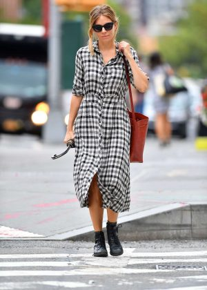 Sienna Miller - Out and about in New York City