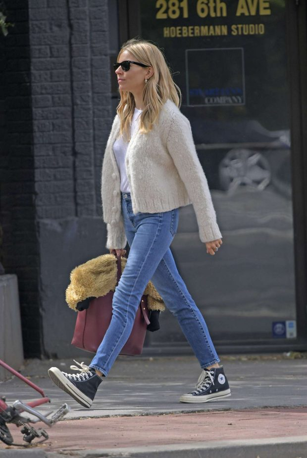 Sienna Miller: Out in New York -03
