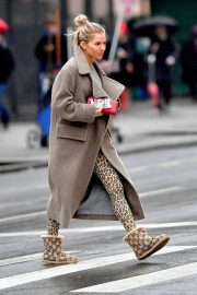 Sienna Miller - Out on a rainy morning in NYC