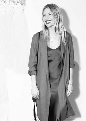 Sienna Miller - Zoe Buckman 'Imprison Her Soft Hand' Exhibition in New Jersey