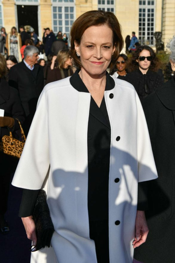 Sigourney Weaver - Attends the Dior Haute Couture SS 2020 Show in Paris