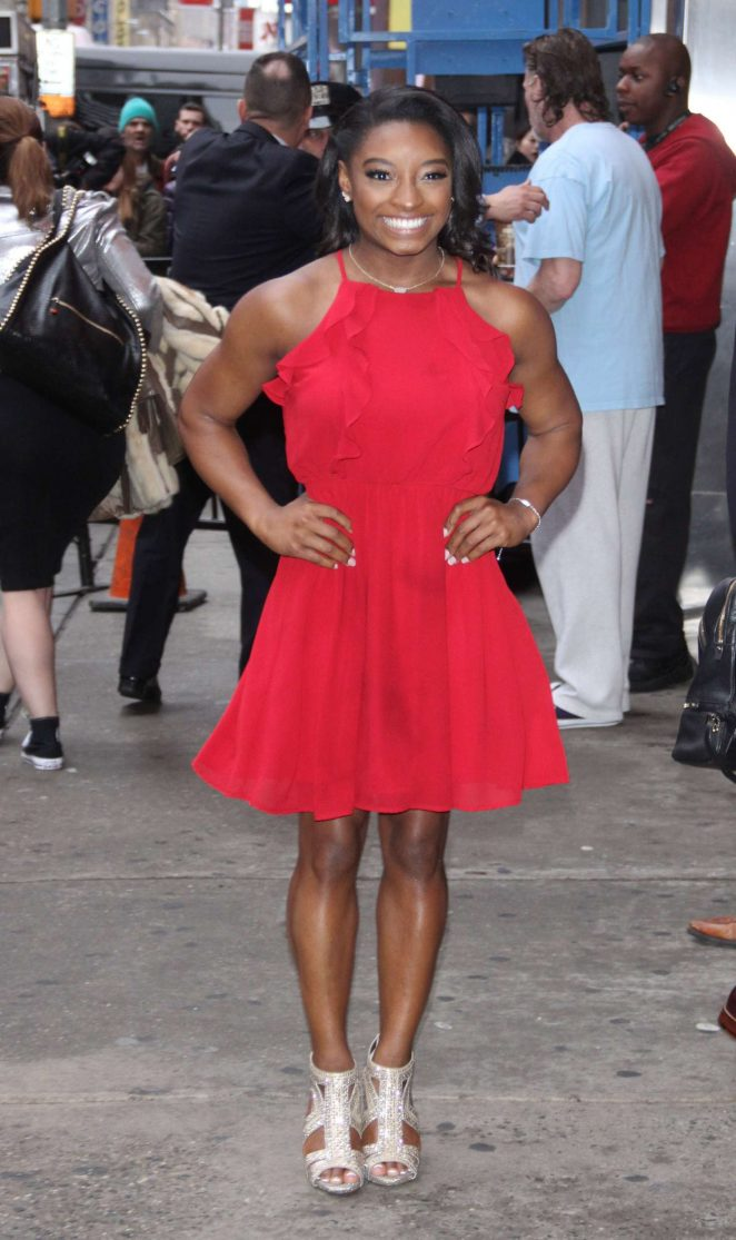 Simone Biles - The cast of the new season of DWTS on Good Morning America in NY