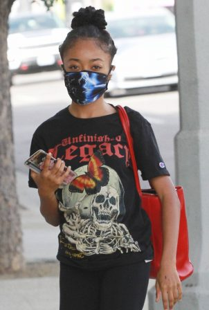Skai Jackson - Heads at the DWTS studio in Los Angeles