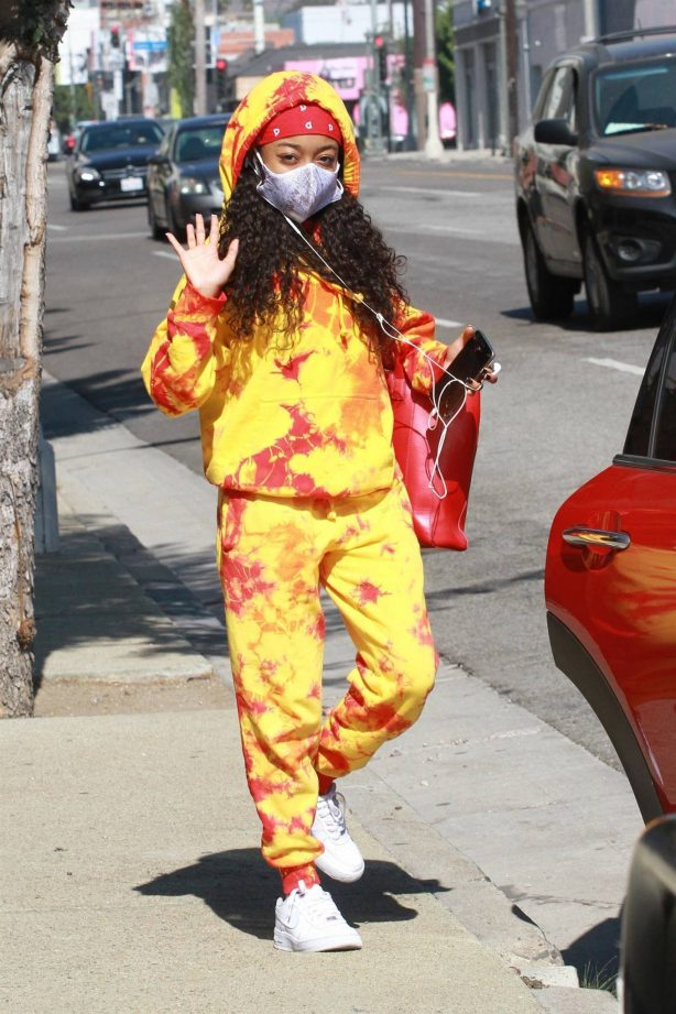 Skai Jackson - In a sweat pants at the DWTS studio in Los Angeles