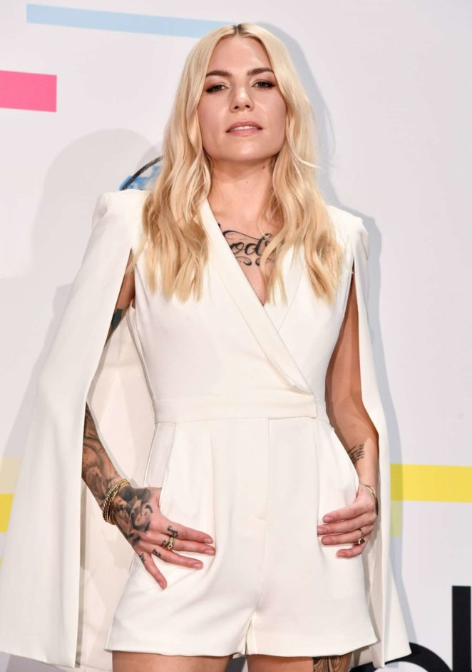 Skylar Grey - 2017 American Music Awards in Los Angeles