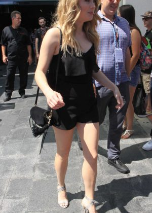 Skyler Samuels in Short Dress at Comic Con 2016 -04