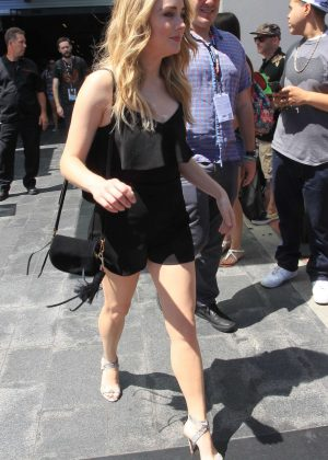 Skyler Samuels in Short Dress at Comic Con 2016 -08