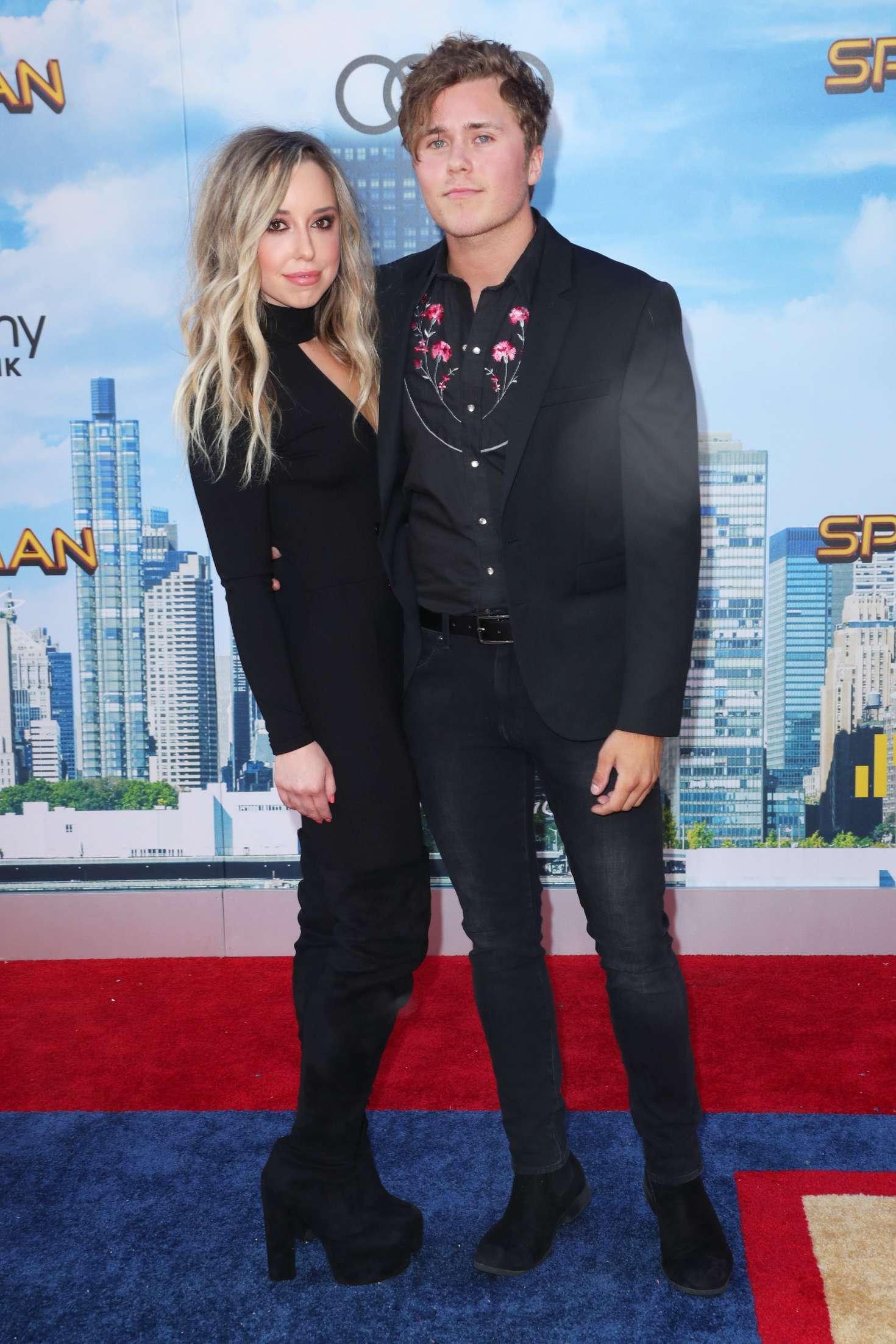 Skyler Shaye 2017 : Skyler Shaye: Spider-Man: Homecoming Premiere in Hollywood -06