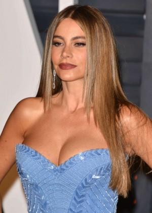 Sofía Vergara - 2015 Vanity Fair Oscar Party in Hollywood