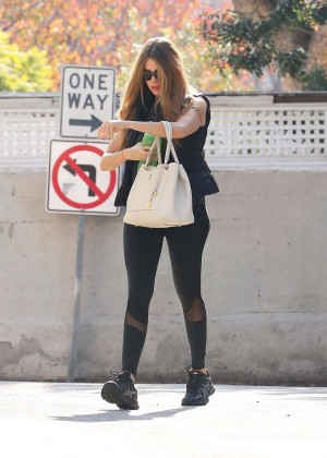 Sofía Vergara in Tight Leggings Heading to the gym in California