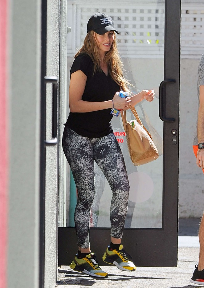 Sofía Vergara in Tights Leaving the gym in West Hollywood