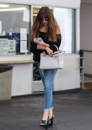 Sofía Vergara - Out in Beverly Hills