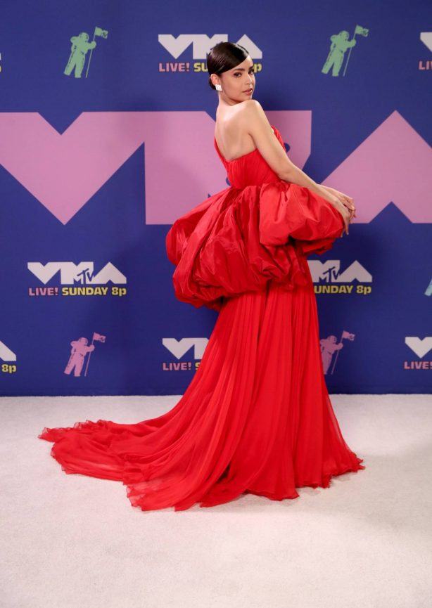 Sofia Carson - 2020 MTV Video Music Awards in New York City - adds