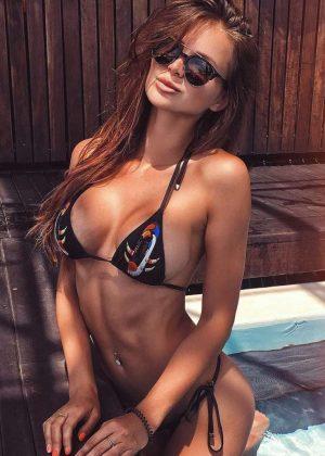 Sofia in Bikini - Social Media