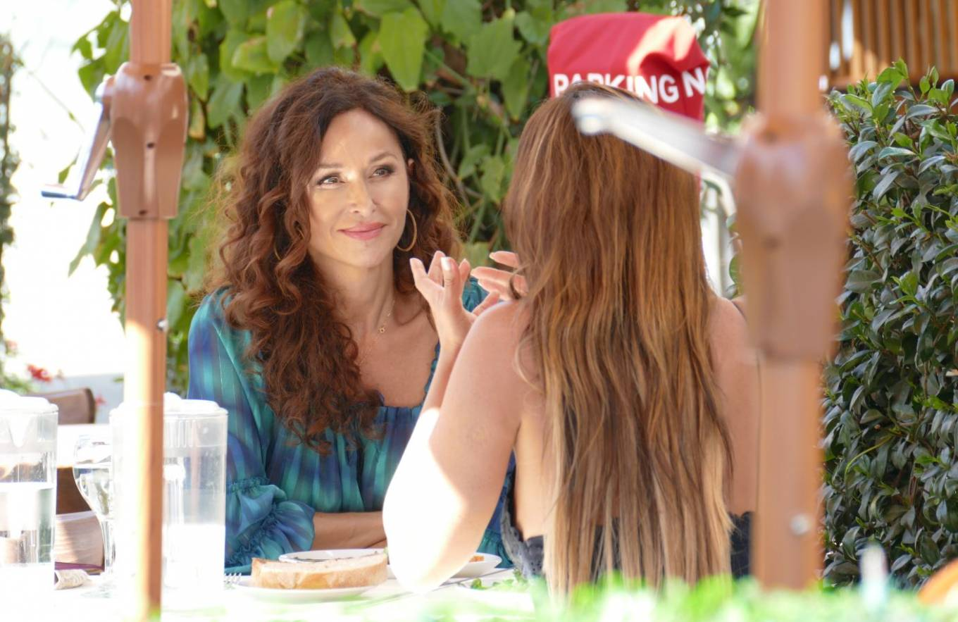 Sofia Milos 2020 : Sofia Milos – Seen at a Lunch With Female Friend-03