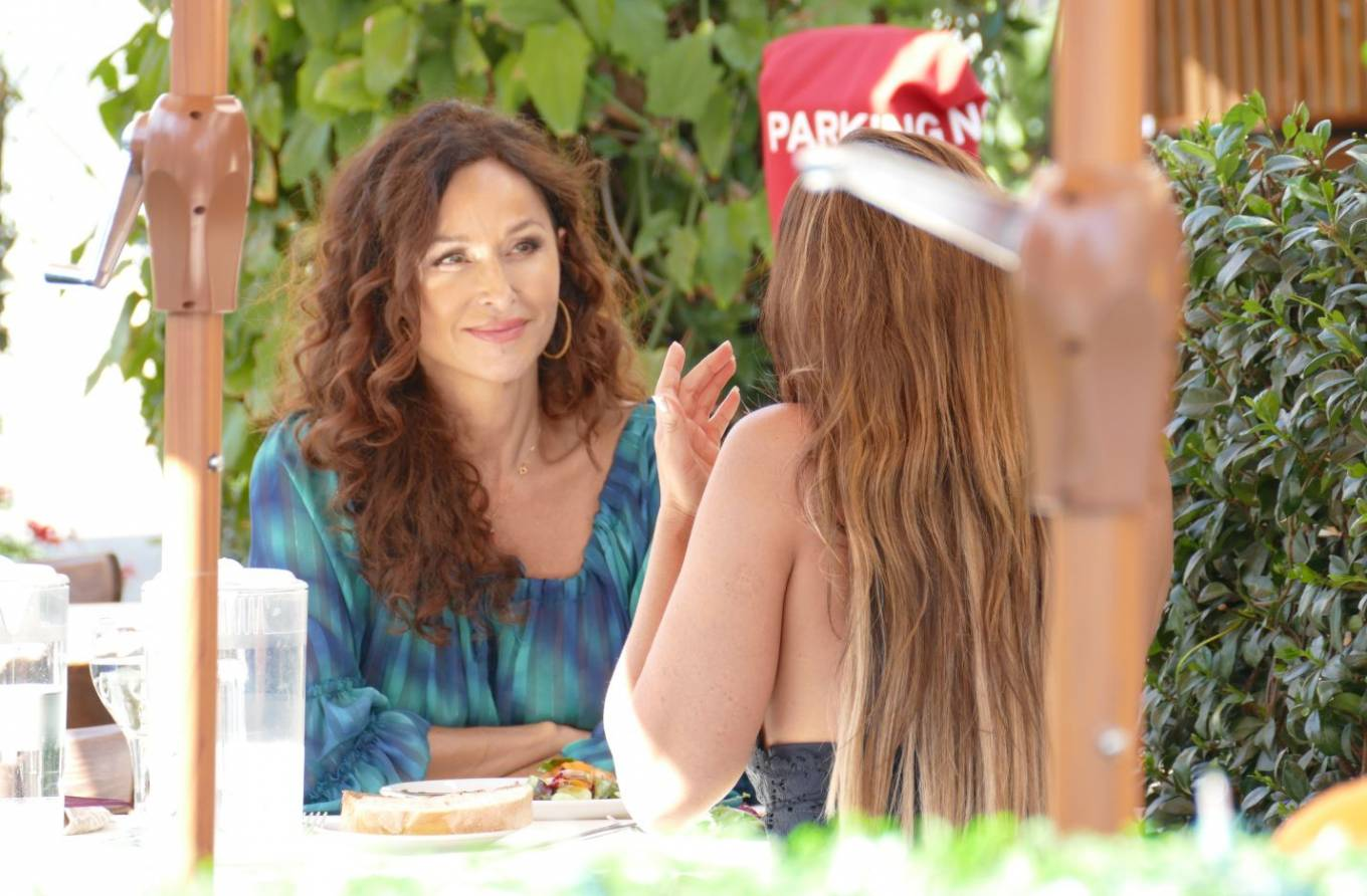 Sofia Milos 2020 : Sofia Milos – Seen at a Lunch With Female Friend-09