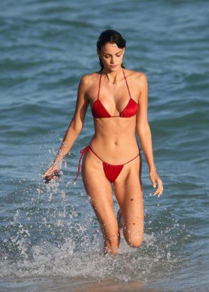 Sofia Resing in Skimpy Red Bikini in Miami Pic 10 of 35