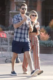 Sofia Richie and Scott Disick - Enjoy the nice day with some frozen yogurt in Malibu
