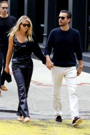 Sofia Richie and Scott Disick - Shopping in Manhattan