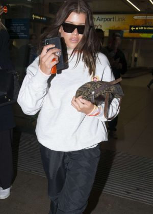 Sofia Richie - Arrives at Airport in Sydney