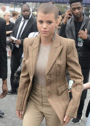 Sofia Richie - Arriving to Michael Kors Fashion Show in NY