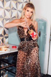 Sofia Richie - Cosmopolitan magazine (April 2020)