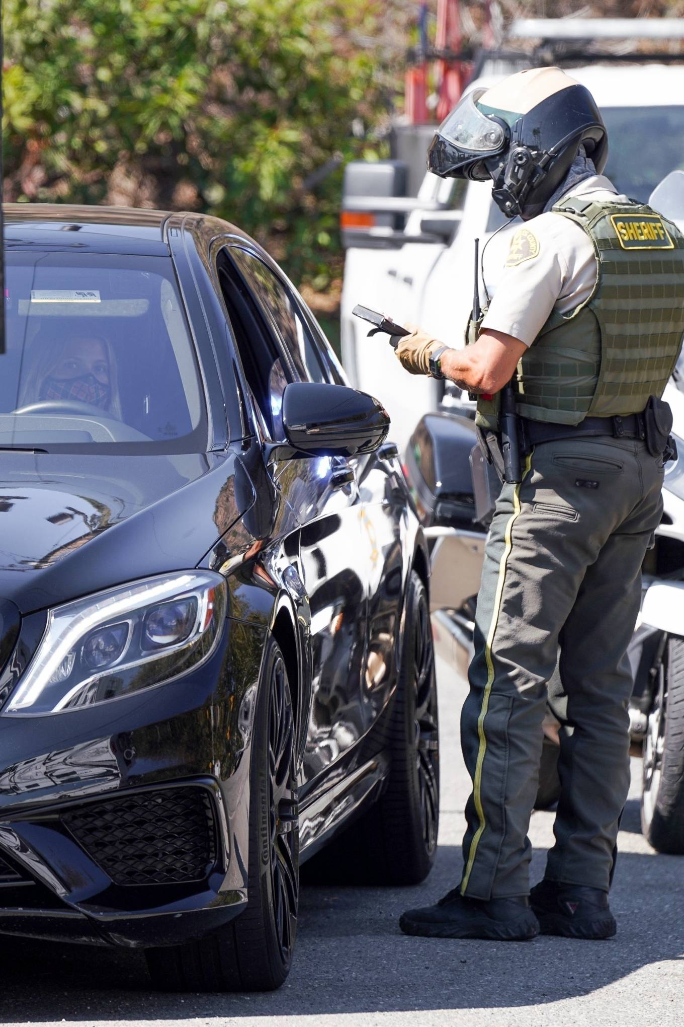 Sofia Richie - gets pulled over in Los Angeles