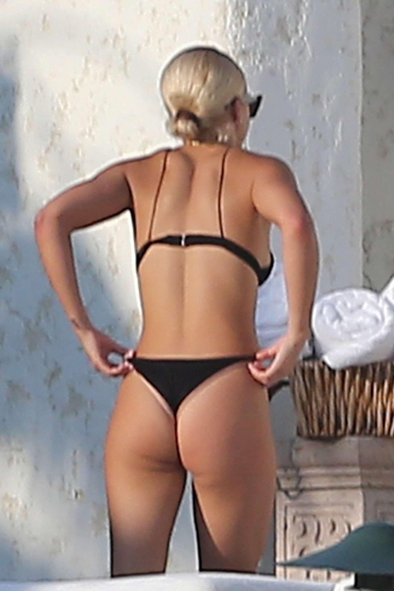 kym johnson bikini