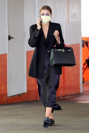 Sofia Richie - In business-ready ensemble in Beverly Hills