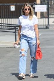 Sofia Richie in Ripped Jeans - Shopping in Beverly Hills