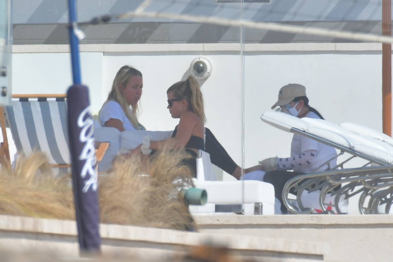 Sofia Richie 2020 : Sofia Richie – keeps a low profile in Malibu-09